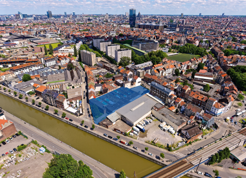Aerial view of the site, with the city center in the background. © sau-msi.brussels (Simon Schmitt - www.globalview.be)