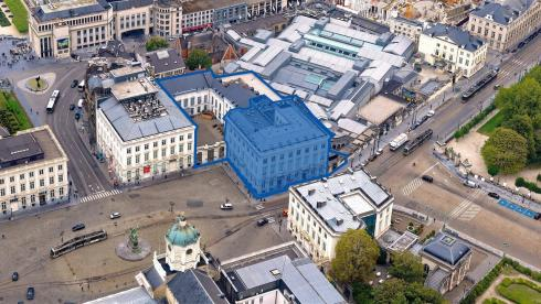 The reconfiguration project relates to the ground floor of the building marked in blue. (© sau-msi.brussels - www.globalview.be)